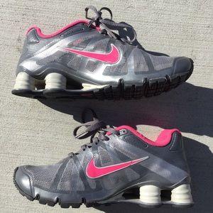 Nike Shox Gray & Pink Womens 9 READ DESCRIPTION!!!
